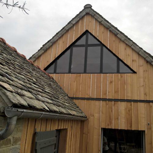 Création d'une extension bois sur une maison traditionnelle à Locquirec