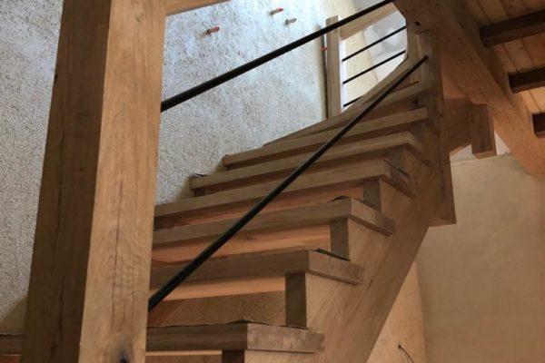 Escalier en chêne à Lanmeur (29620)