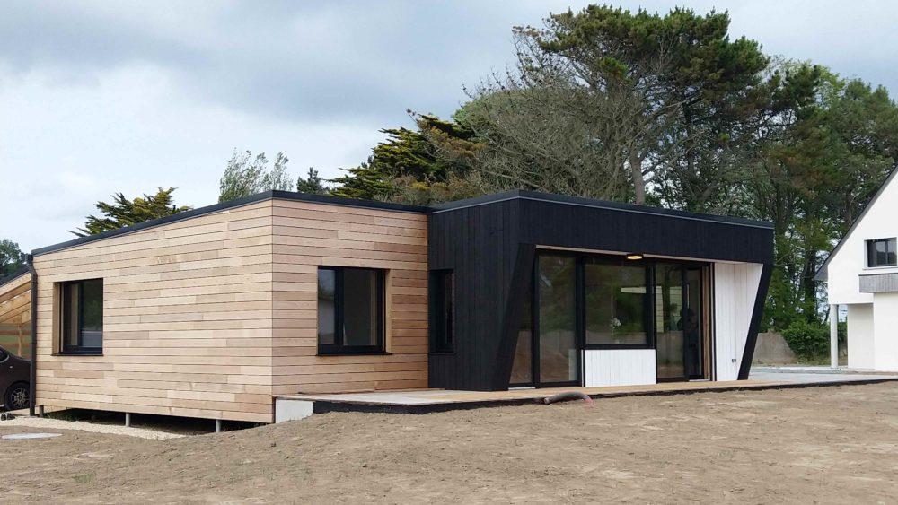 Maison sur pieux vissés-Ossature en douglas-Bardage a claire-voie