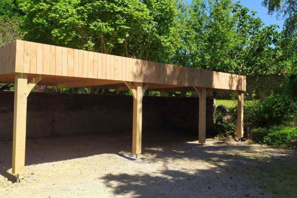 Carport en chêne et thuya