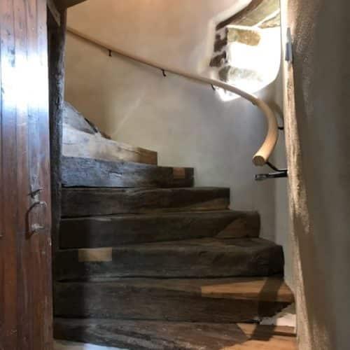 Reprise d'un escalier massif à Plestin-les-grèves (22310) – Côtes d'Armor